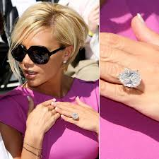 princess diana s engagement ring ogle the most massive celebrity engagement rings engagement