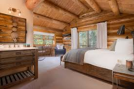 Log Home Interior Walls by Lodge Decor Bedroom Love The Walls Color And Texture Love The