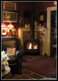 goldcountrycottage love this for my pellet stove decorating
