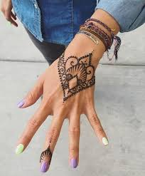 best 25 simple henna tattoo ideas on pinterest simple henna