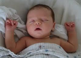 como poner imagenes que se mueven en un video mi bebé se mueve mucho mientras duerme por qué embarazo10 com