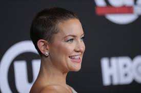 hair buzzed and growing out stages pics kate hudson growing out buzzcut popsugar beauty