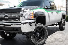 jeep white with black rims fuel hostage wheels matte black rims