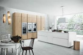 cuisine bois et cuisine blanc laque et bois modele de cuisine blanche stunning deco