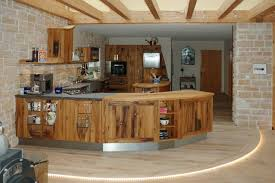 kche landhausstil altholzküche in eiche mit kücheninsel landhausstil küche
