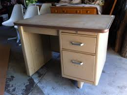 Small Tanker Desk Kisstheprince This Is Where I Post Ideas And Images That Inspire