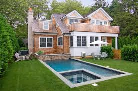 cottage style homes 7 reasons why cottage style homes are the best kinds of homes