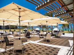 restaurants bars hotel mauritius book hotels maritim crystals