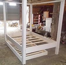 diy twin pallet wood canopy bed 101 pallets