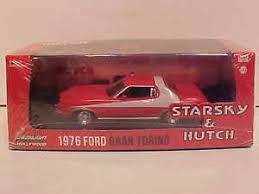Starsky And Hutch Cast Starsky And Hutch 1976 Ford Gran Torino Die Cast Car 1 43