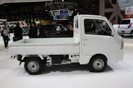 suzuki carry truck suzuki carry side at tokyo motor show indian autos blog