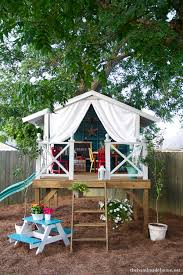How To Build A Backyard How To Build A Backyard Treehouse 12077
