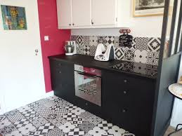 carreau de ciment cuisine chambre enfant carreau ciment credence cuisine avant apres noir