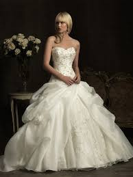 wedding dresses michigan bridal dresses mi joanis fashions bridal and prom dresses