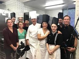 equipe de cuisine esther en immersion en cuisine chez julien binz