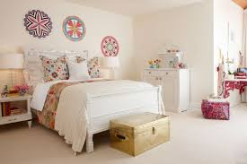 Cute White Desk Bedroom Great Bedrooms Look Using Rounded White Desk Lamps And