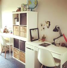 bureau dans une chambre bureau de chambre ou coin bureau pour allures plus bureau