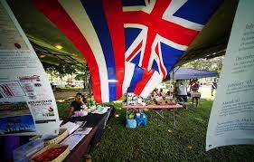 Hawaiian Flag Denby Fawcett Tap The Brakes On Thomas Square Proposal