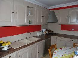 r cuisine rustique relooker une cuisine rustique en moderne maison design bahbe com