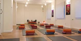 Imagenes Estudios Yoga | estudio de yoga madrid clases de yoga y masaje tailandés yogaes com
