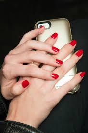 how to dry nails quickly use a blow dryer to dry nail polish