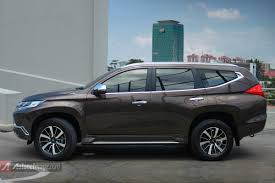 mitsubishi pajero sport 2017 black all new mitsubishi pajero sport 2016 indonesia brown color