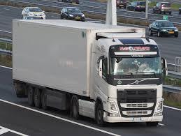 volvo truck 500 file volvo 500 fh napolitrans jpg wikimedia commons
