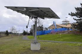Solar Power Traffic Lights by Connecticut State Government Failing To Use Solar To Cut