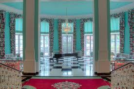 Dorothy Draper Style Design Inspiration From Dorothy Draper U0027s Greenbrier Resort Wsj