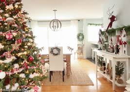 Christmas Dining Room Decorations - classic christmas dining room u0026 kitchen tour the happy housie
