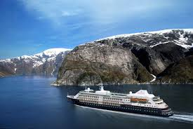 luxurious cruise travel silver cloud expedition silversea