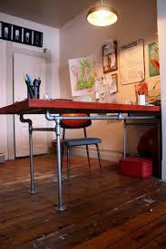 Door Desk Diy The Arting Starvist Diy Pipe Desk With Salvaged Door