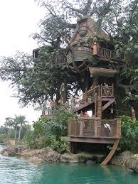 Amazing Tree Houses by Amazing Tree House Design Quecasita