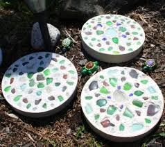 Large Pebbles For Garden Beach by How To Make Beachy Garden Stepping Stones With Seaglass Shells