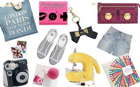 christmas gift ideas for globe trotters creative types chic