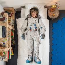 robe de chambre originale une parure de lit originale décoration chambre enfant