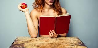femme nue cuisine manger tout nu au resto c est possible femme actuelle