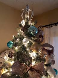 tree topper ideas crown on top of