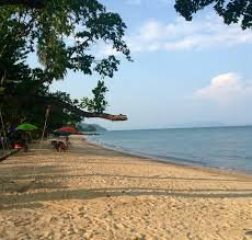 where to stay in yao noi thailand the chic adventurer