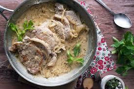 cuisiner roti de porc recette roti de porc sauce moutarde et vin cuisine