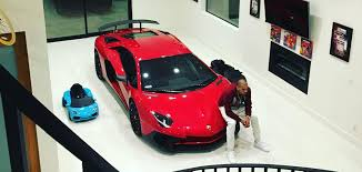 bugatti chris brown chris brown buys lamborghini aventador sv