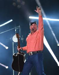 leave a light on garth brooks garth brooks tickets for rodeo houston on sale december 1st