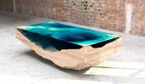 design tischle designer tisch aus glas und holz erinnert an die tiefe des ozeans