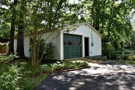 jackson tn home for sale w basement pond u0026 barn on 8 6 ac