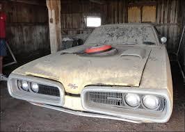 Barn Finds Cars Rare 1970 Dodge Coronet R T Barn Find Post Mcg Social