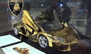 lamborghini car gold this model lamborghini aventador costs 350 000 6speedonline