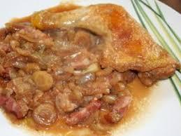 cuisiner des cuisse de poulet cuisse de poulet confite à la bière et aux chicons recette ptitchef