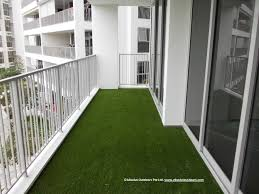 artificial turf giving zest to a balcony balcony makeovers