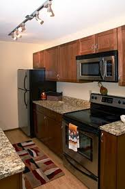 Kitchen Cabinets For Small Galley Kitchen by Best 20 Small Condo Kitchen Ideas On Pinterest Small Condo