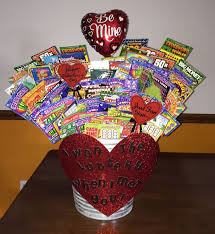 Diy Valentines Day Gift Guide For Friends Family Best 25 Boyfriend Gifts Ideas On